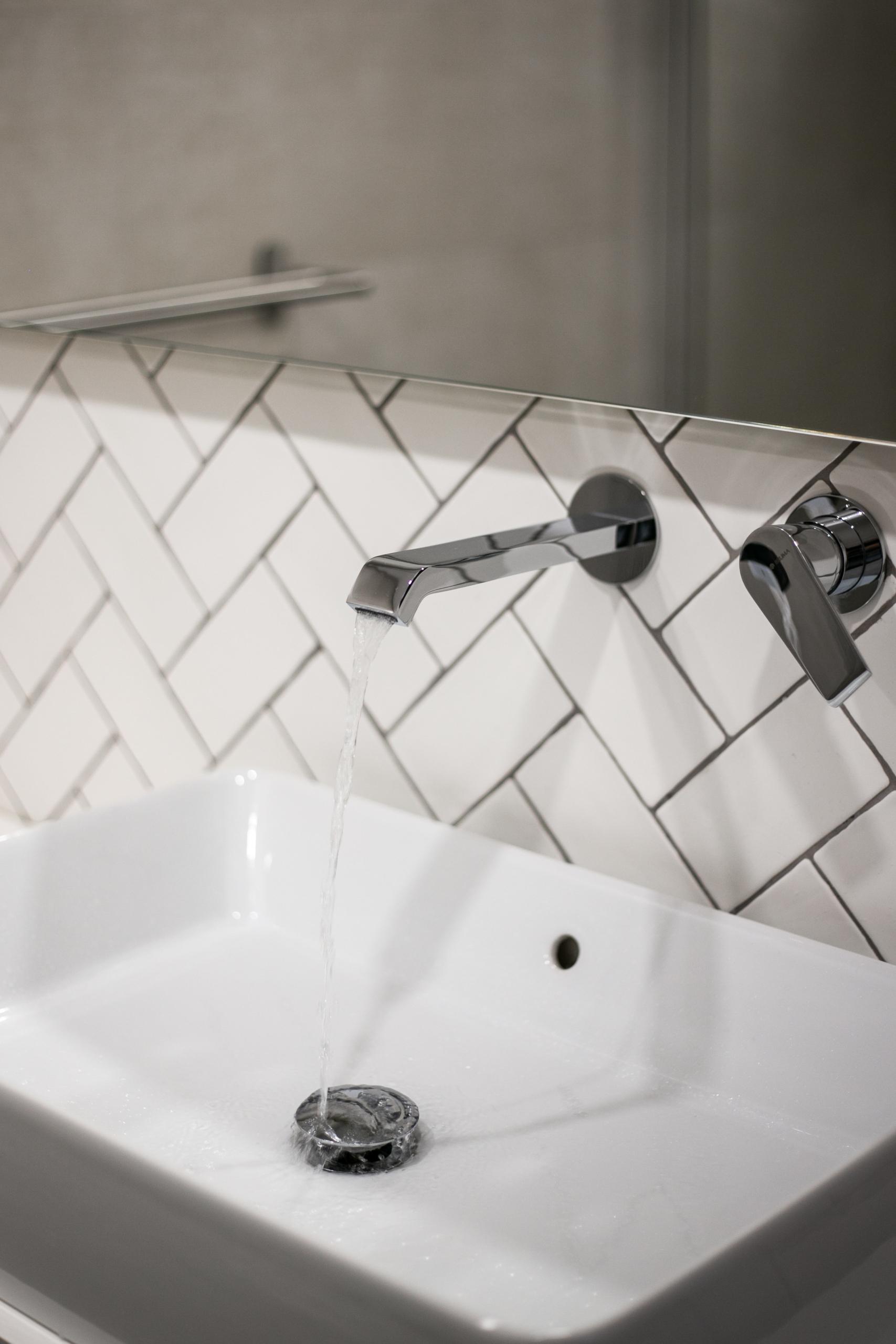 Arq – wc torneira